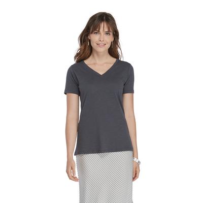 woman wearing a charcoal grey v neck short sleeve platinum shirt